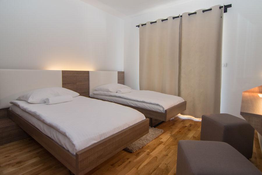 http://hotelturist.rs/hotel/wp-content/uploads/2014/10/hotel-turist-apartmani-bajina-basta-10.jpg