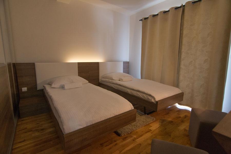 http://hotelturist.rs/hotel/wp-content/uploads/2014/10/hotel-turist-apartmani-bajina-basta-8.jpg
