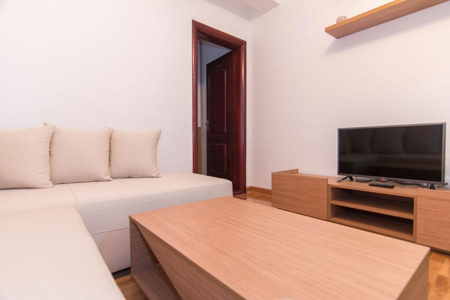 http://hotelturist.rs/hotel/wp-content/uploads/2014/11/hotel-turist-bajina-basta-2.jpg