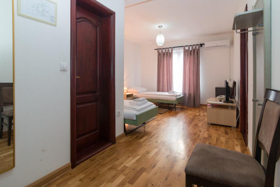 http://hotelturist.rs/hotel/wp-content/uploads/2019/02/hotel-turist-bajina-basta-smestaj-12.jpg