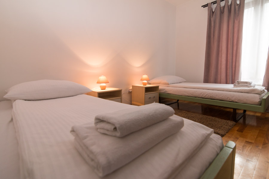 http://hotelturist.rs/hotel/wp-content/uploads/2019/02/hotel-turist-bajina-basta-smestaj-2.jpg