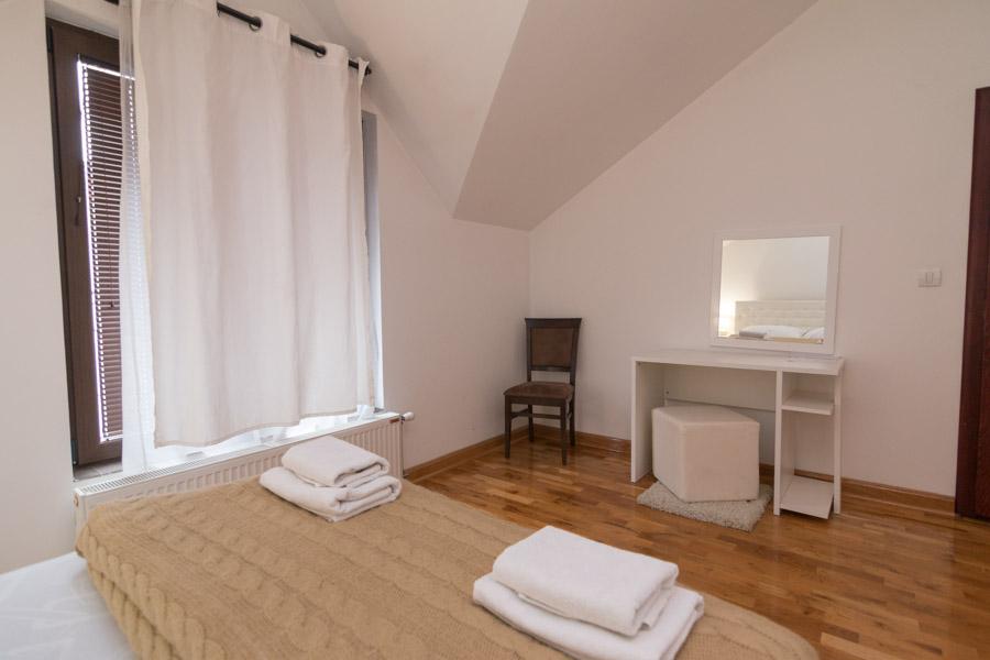 http://hotelturist.rs/hotel/wp-content/uploads/2019/02/hotel-turist-bajina-basta-smestaj-9-1.jpg